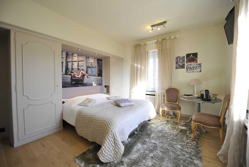 32 Estate-Villa-5584698d0b1daf.jpg