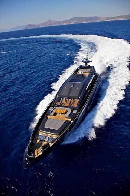 11 Yacht.jpg