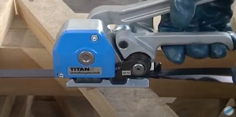 hke titan