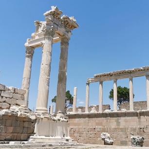 Pergamon Trajan Tapınağı