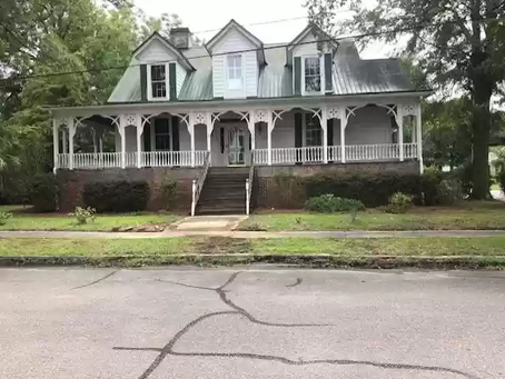 National Register South Carolina Victorian With Amazing Porch and 4 Bedrooms Lists For Just $87,500!