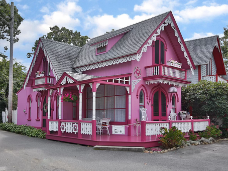 1870 Martha's Vineyard Pink Victorian Cottage Lists For $625K! See Photos of Interior!
