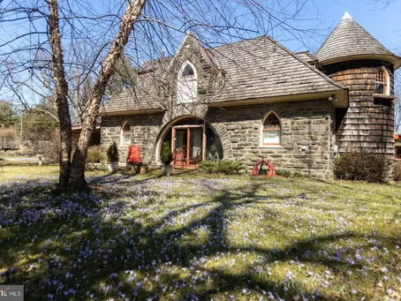 1896 PA Stone Carriage House With Turret & Designed by Famed Architect Lists At 990K! See Inside!