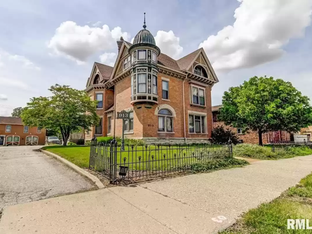 Illinois 11 Bedroom National Register Bressmer Baker Mansion Lists For $450,000!