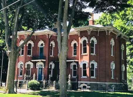 1886 Indiana Italianate With Original Woodwork & 5 Bedrooms Lists For $289,900. See Inside!