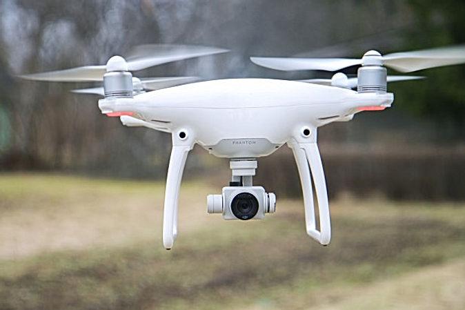 dji-phantom-4-drone-review.jpg