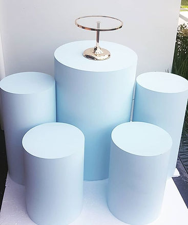 _New prop alert_ Blue round plinths now