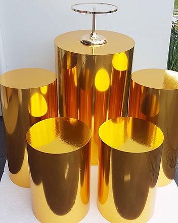 __New prop alert__ Gold plinths set of 5