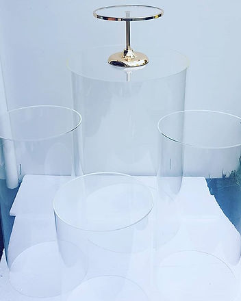 __New prop alert__ Clear round plinth se