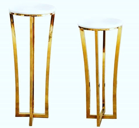 __New prop alert__ Lux Gold & Marble pedestals added to our collection! Check out our website for ou