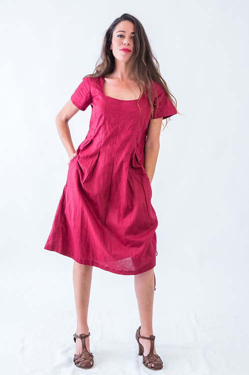 Bella: Short sleeve box pleat rami dress