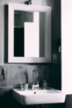 bathroom-black-and-white-clean-2203743_e