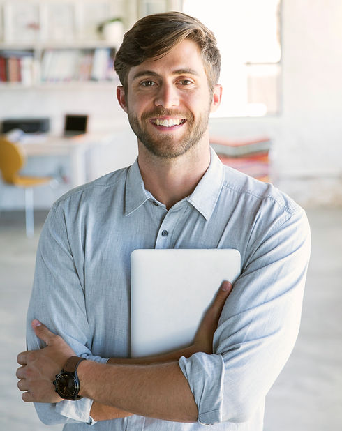 Homem jovem, com, tabuleta