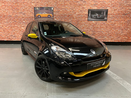 RENAULT Clio III RED BULL Phase 2 2.0 i 16V RS 201cv