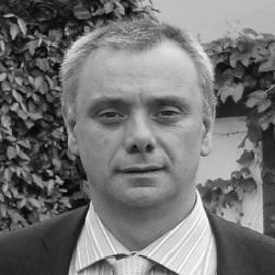 Dr. Luis Cerezal