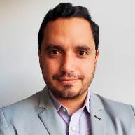 Fabian Dávila, MD.