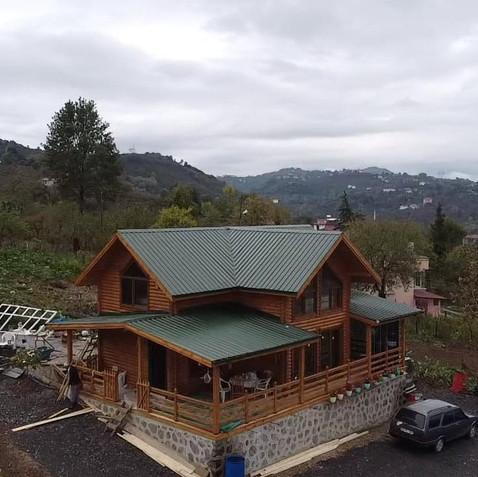 Yıldızlı Kütük Ev