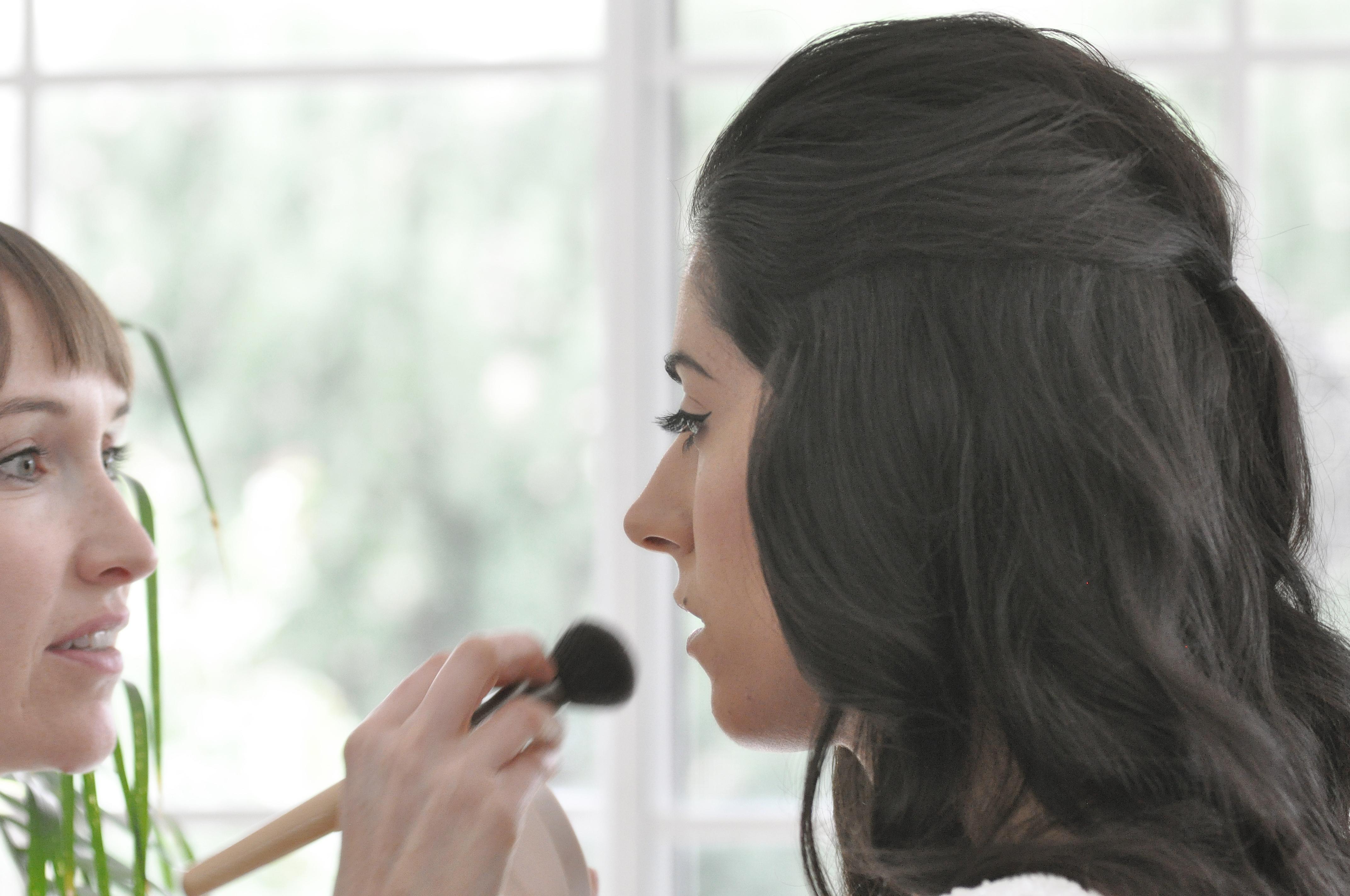 Noosa wedding bride with makeup