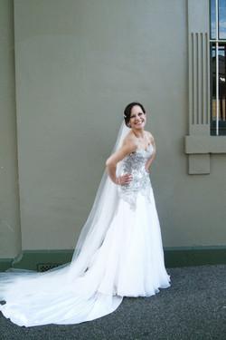 Noosa wedding bride posing