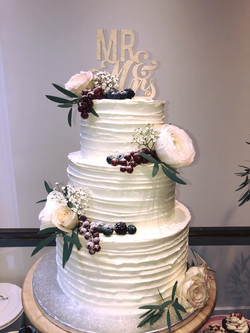 Rustic and romantic buttercream cake