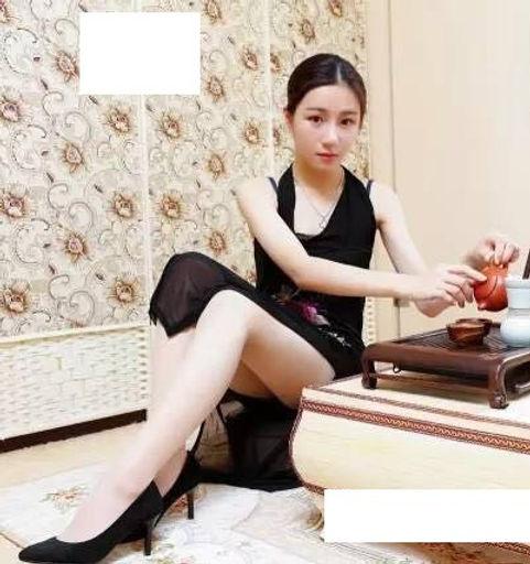 Mistres Ruo Er - Guangzhou