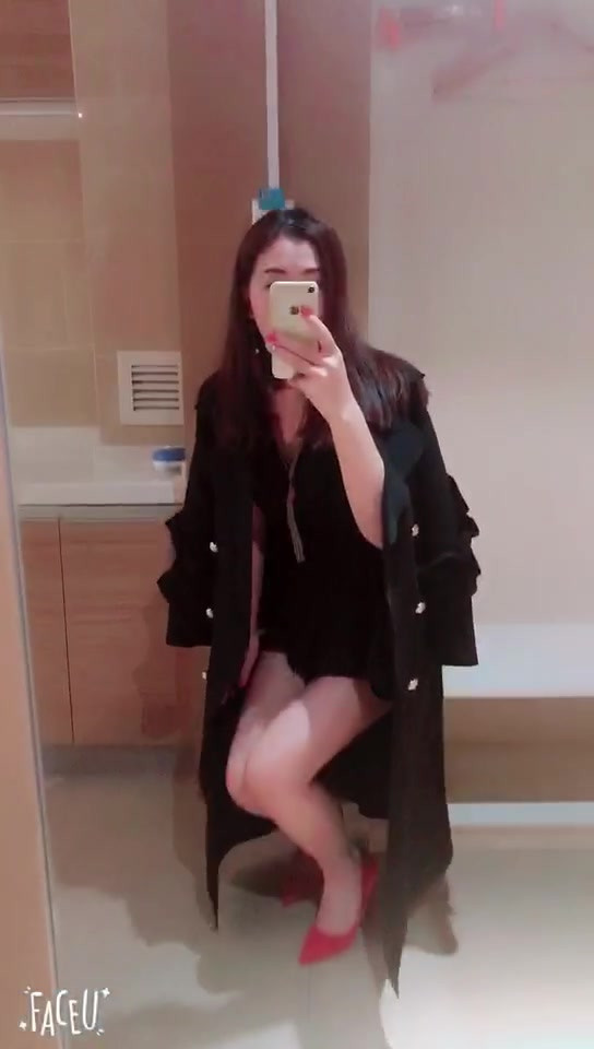 MS. Zhizhu - sexy and out of your reach