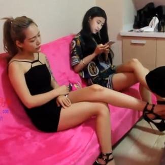 Sexy bareback Chinese mistress and friend dominate fat loser 贱狗只配跪在两位高贵女神脚下膜拜