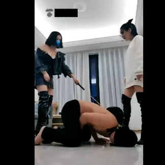 2 beautiful Chinese queens tease, humiliate and ballbust lowly beta males 超漂亮超白的严厉双女S一起调教两个又贱又卑微的男奴