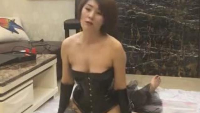 Gorgeous Sexy Mistress humiliates fat lesbian sub as her dog