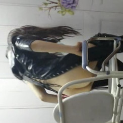 Beauty queen goddess Wanxi gives golden shower to eager desperate sub 上海Wanxi女S给贱狗圣水调教
