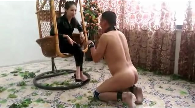 Beautiful Chinese Goddess training her obedient dog slave