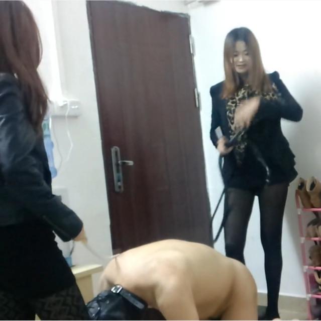 Sexy Guangzhou goddesses dominate fat sub