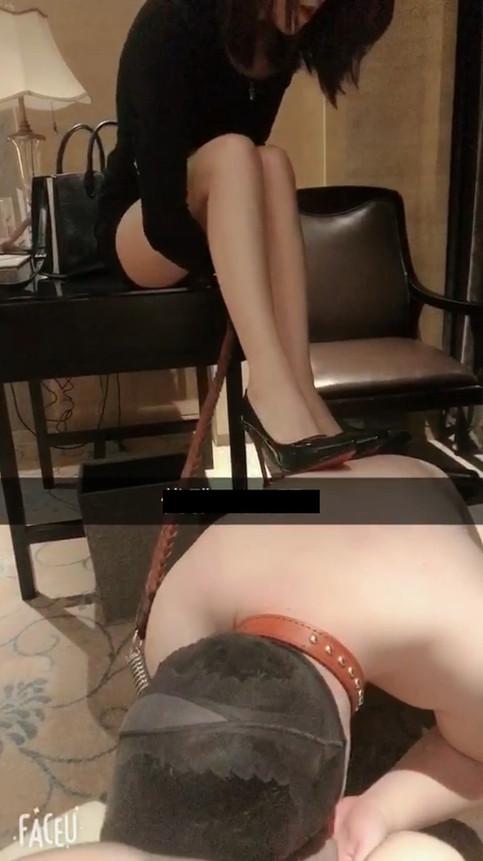 Ugly slave humiliated by Goddess Youya & Gina