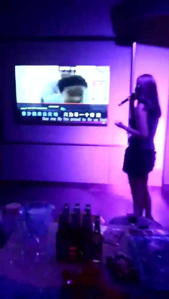 MS. Zhizhu - singing 2