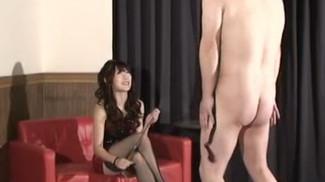 Japanese Goddess has fun using her sexual power to control beta male (English Subtitles Included) 日本女S挑逗变态贱狗,骑马虐肛鞭打撸狗鸡巴圣水黄金