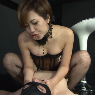 Incredibly sexy Japanese Goddess teasing & taunting helpless subs 高贵身材姣好的日本女神调教饥渴男奴调教视频系列