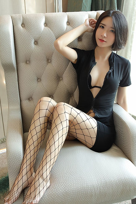 About Mistress Qing - CNQueens