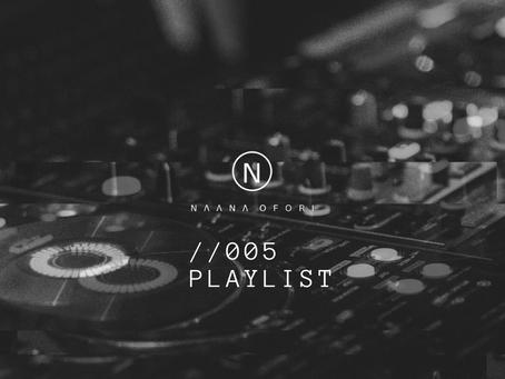 //005 Playlist