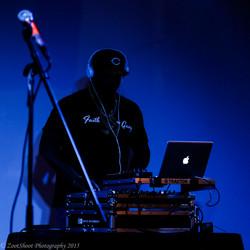 DJ @ #FEED500 concert