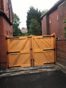 Gates 1.jpg