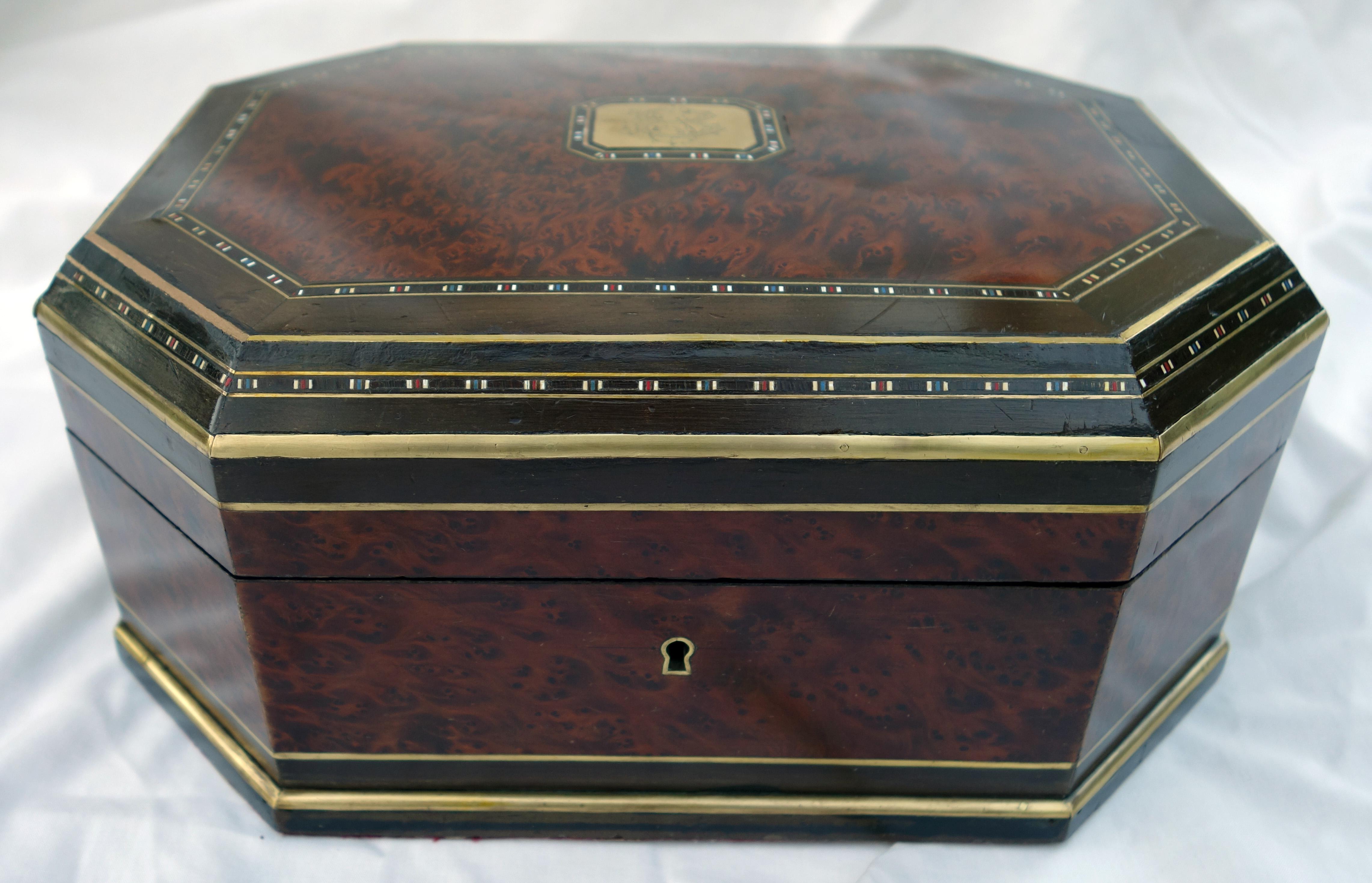 veneered box, inlay, bone, French
