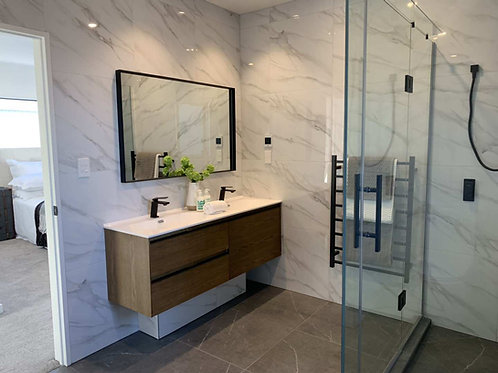 White Marble Looking Polished Tiles CT1102