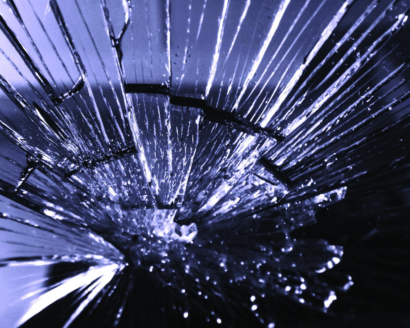 Broken Glass-08