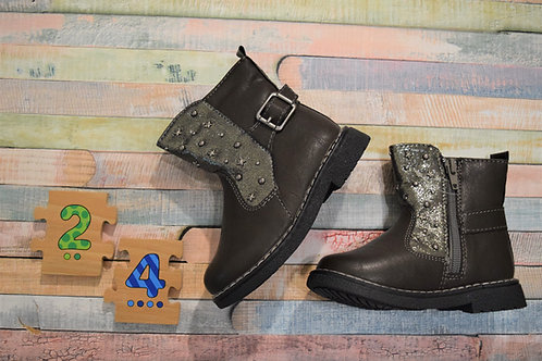 Be A Star Shoes Size 24