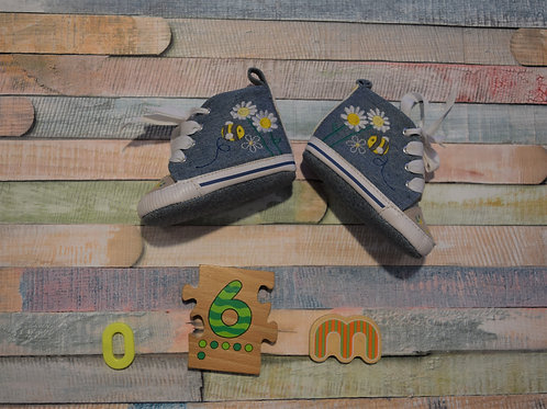 Bees Baby Shoes 0-6 Months Old