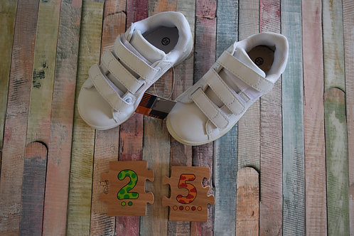 Sport White Shoes Size 25