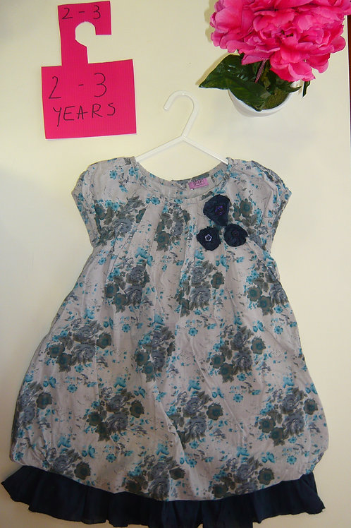 Blue And Grey Flowers By F&F