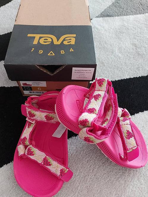 Teva Girls Beach Sandals Size 21