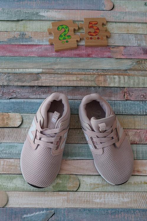 Sport Shoes Size 25