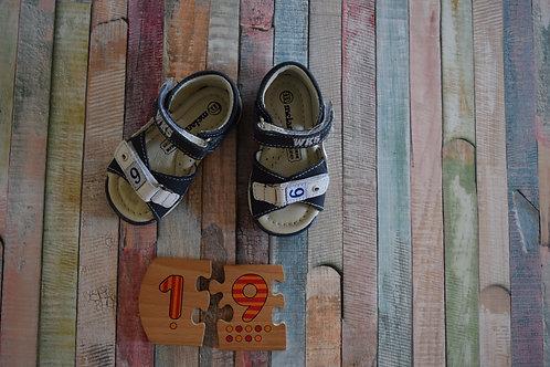 WK5 Shoes Shoes Size 19